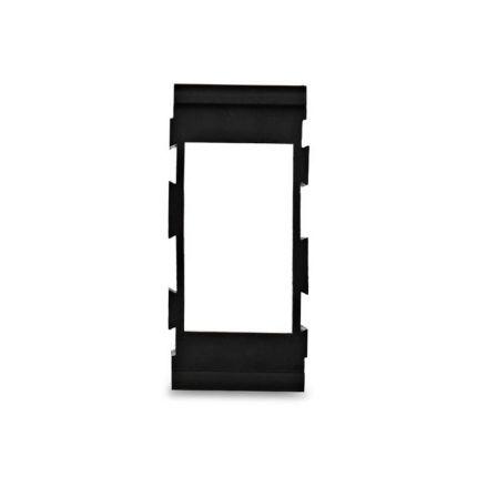 Центральный элемент модульного корпуса под тумблеры
